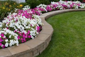 retaining-wall-landscaping.jpg